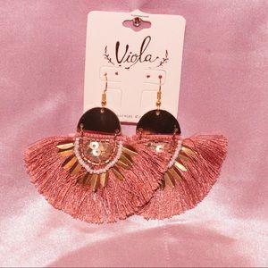 Jewelry - Pink beaded earrings